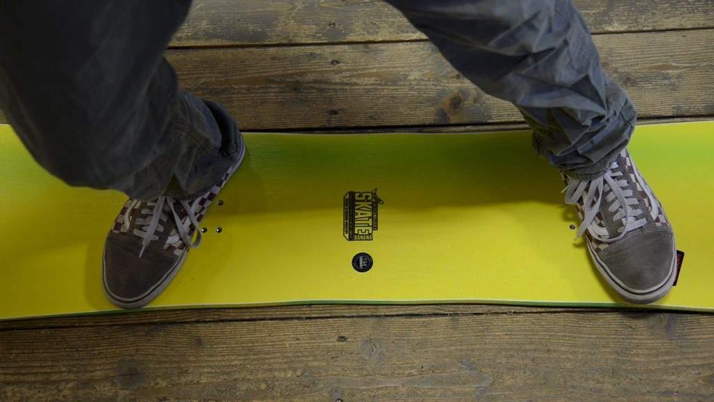 snowboard stance