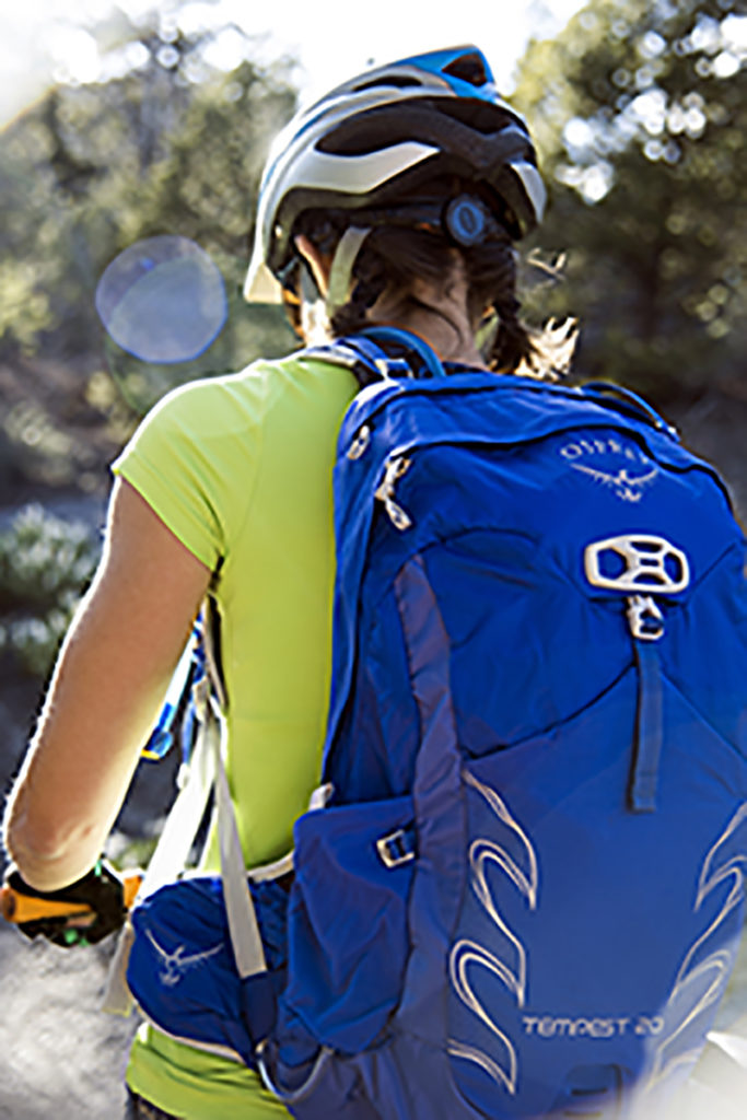 mountain-biker-with-osprey-tempest-20-pack