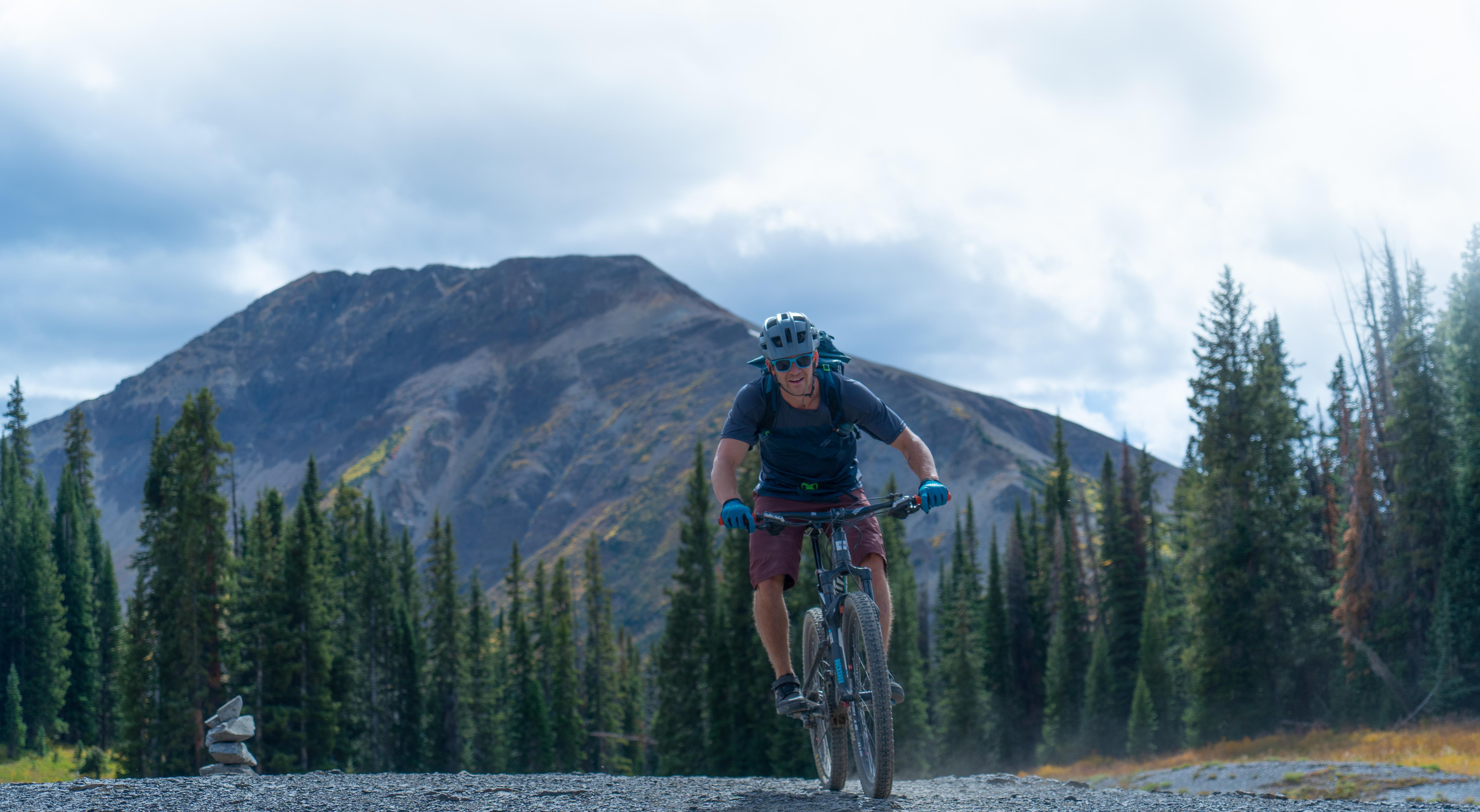 mountain biker 401 trail crested butte colorado