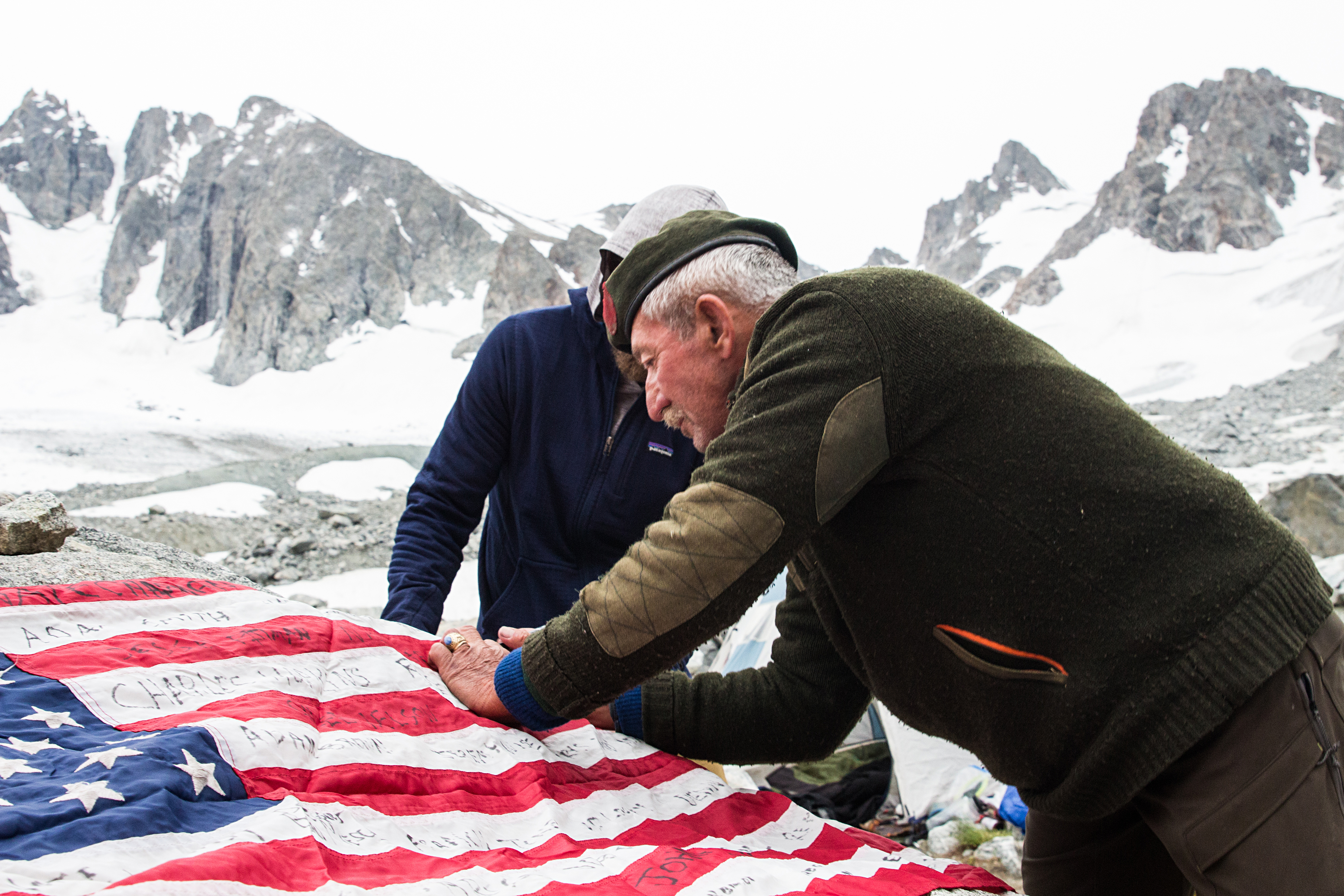 veterans mountains fallen friend u.s. flag